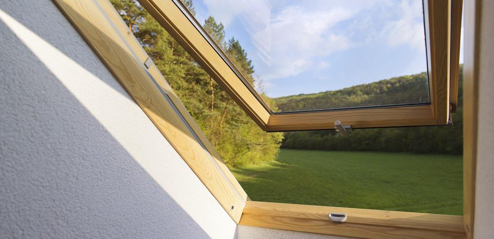 Finestra tenuta all'aria VMC in casa in legno