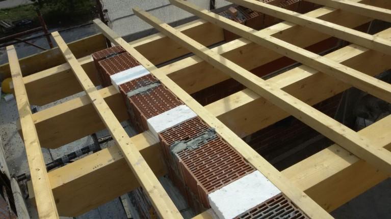 Casa in legno L'Aquila tetto